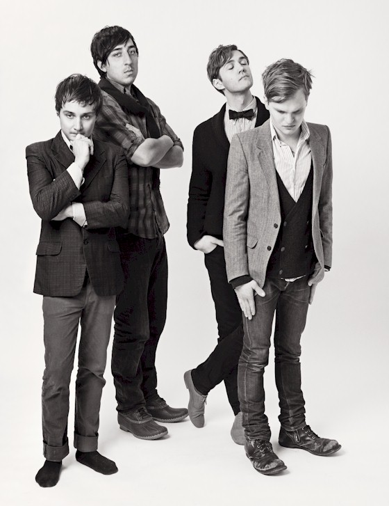 Grizzly-bear-press-shot