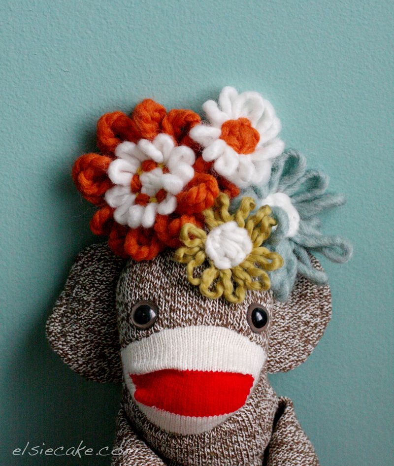 Sock_monkey_flowers