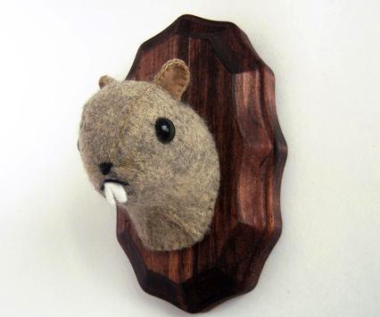 Girl_savage_groundhog