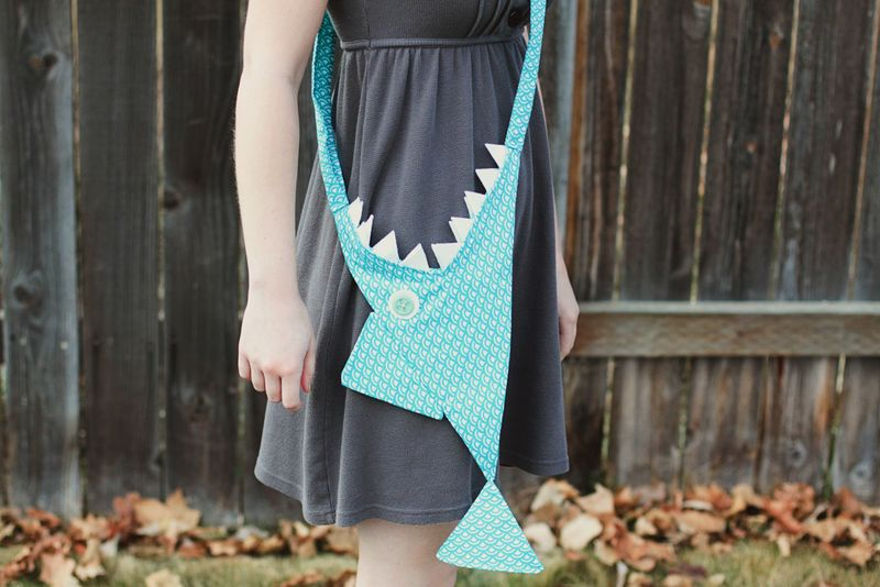 Shark purse DIY
