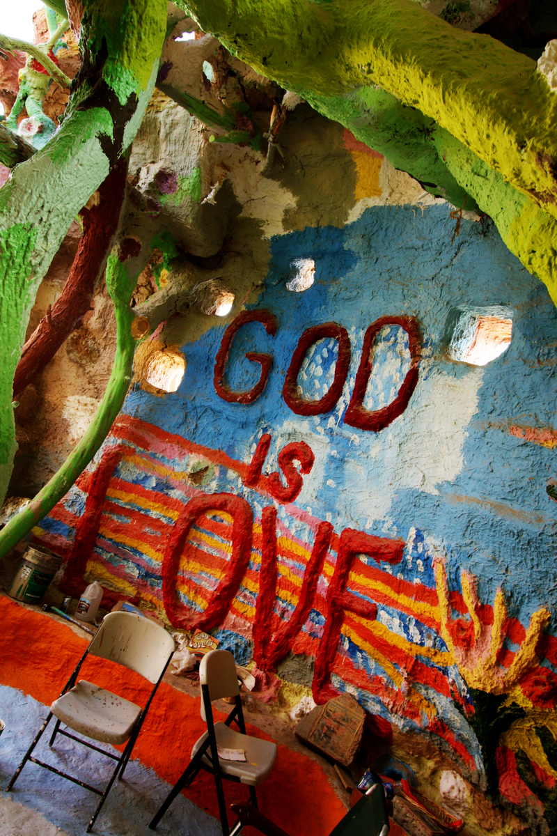 13 salvation mountain