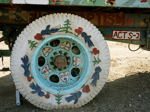 18 salvation mountain