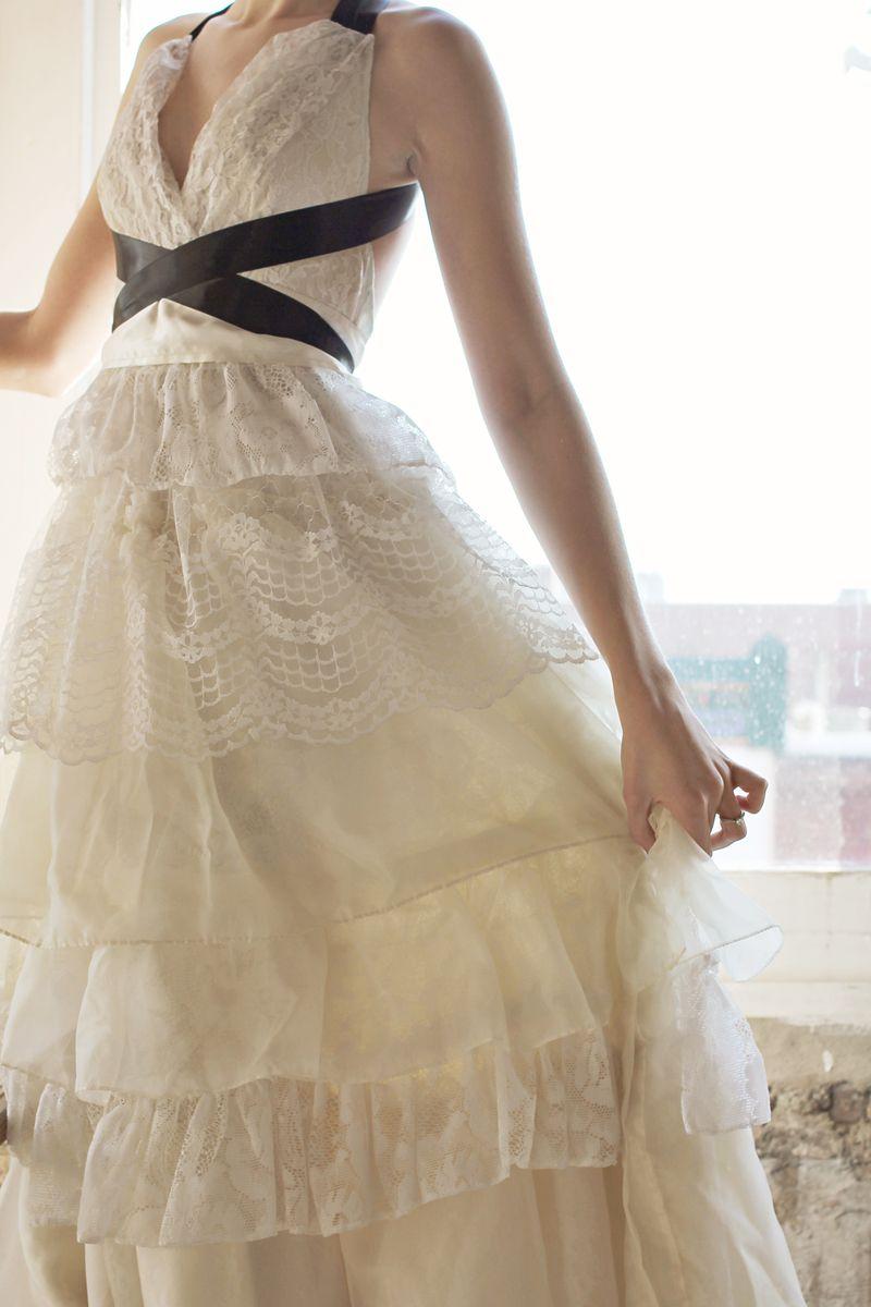 Sucré music video dress 2