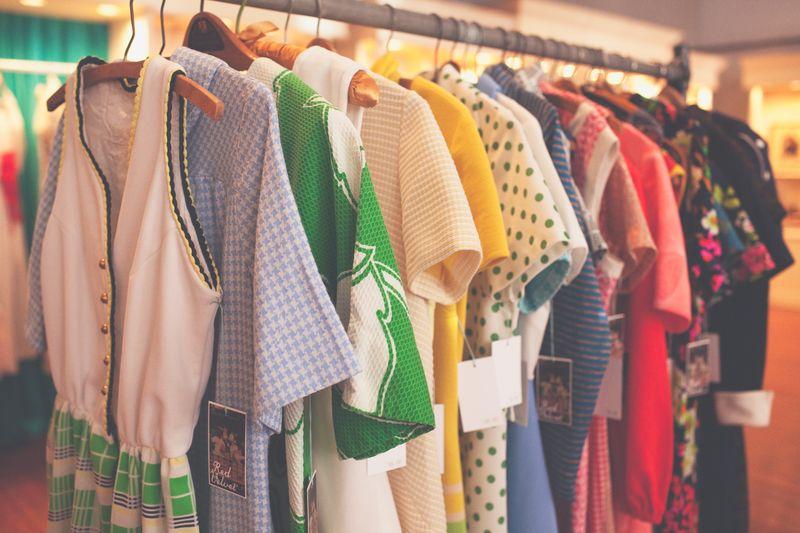 Vintage Dresses Shop