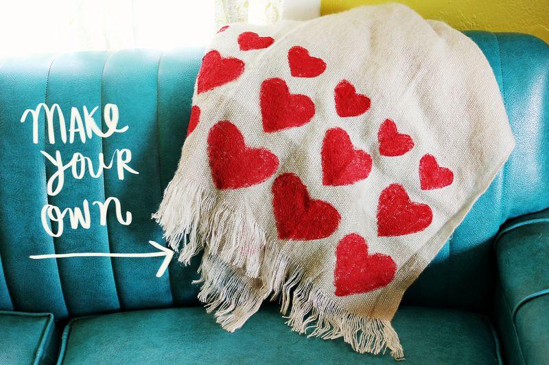 Heart blanket DIY 4