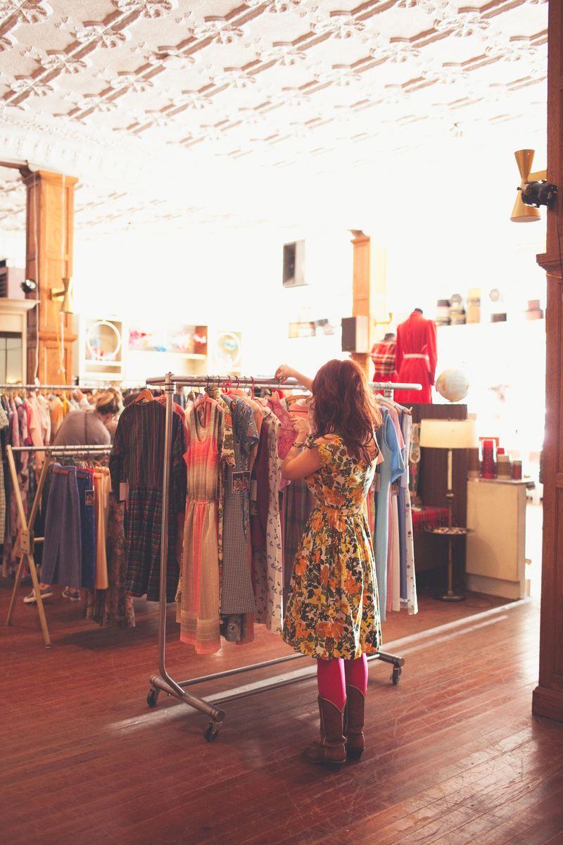 Red Velvet Local Shop
