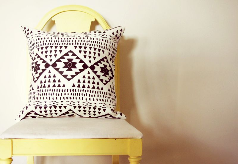 10 Geometric Etsy Pillow