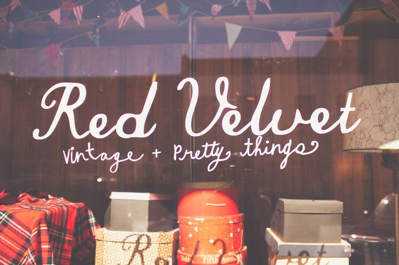 Red Velvet Local Shop