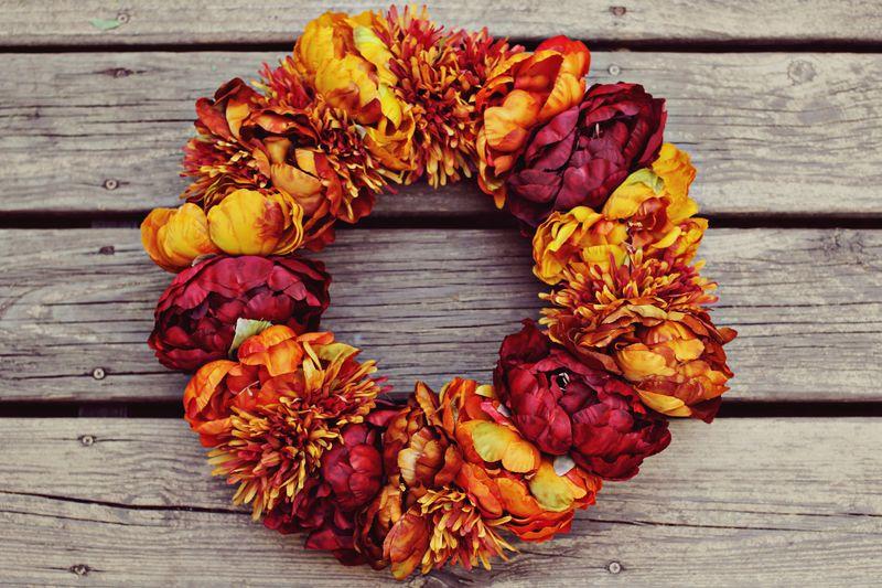 Finest Autumn Floral Wreath Project - A Beautiful Mess JR05