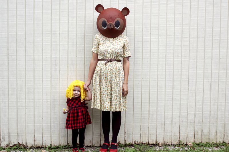Goldilocks And The Three Bears Halloween Costume Idea via A Beautiful Mess