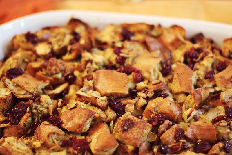 Cranberry Apple Stuffing - A Beautiful Mess