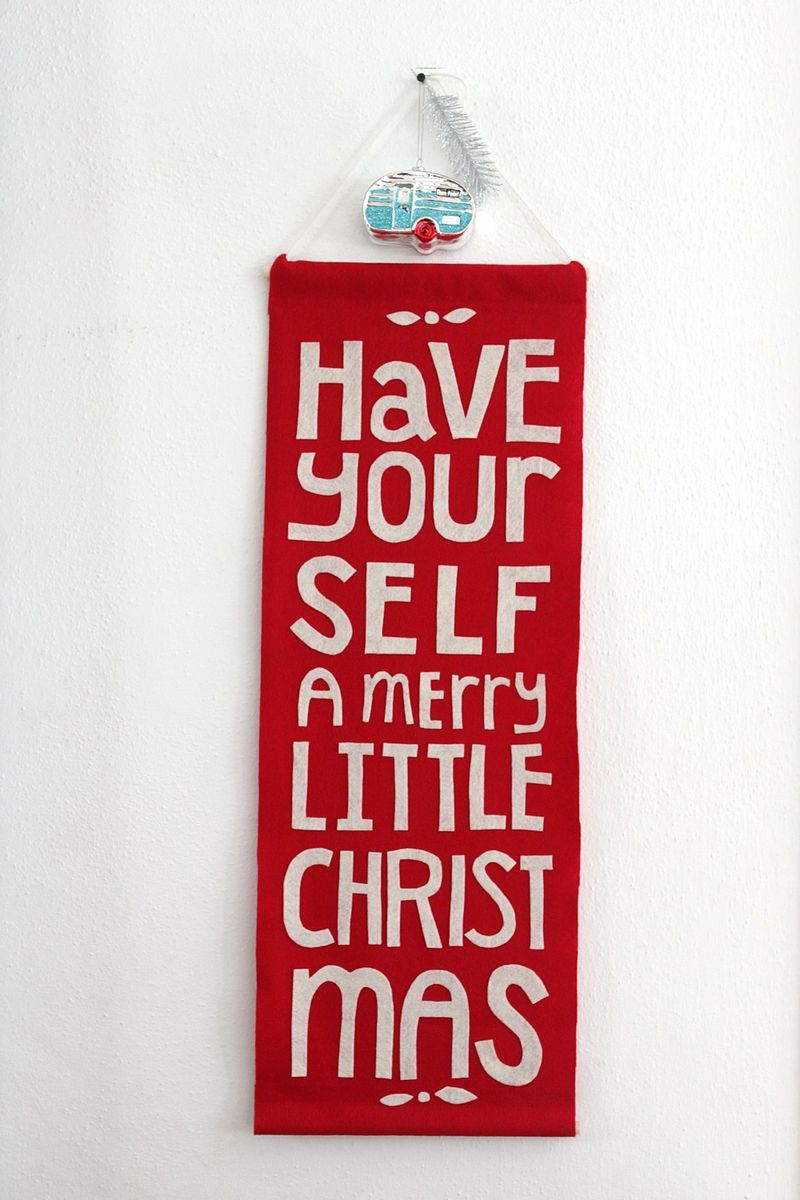 Adorable Christmas Banner DIY
