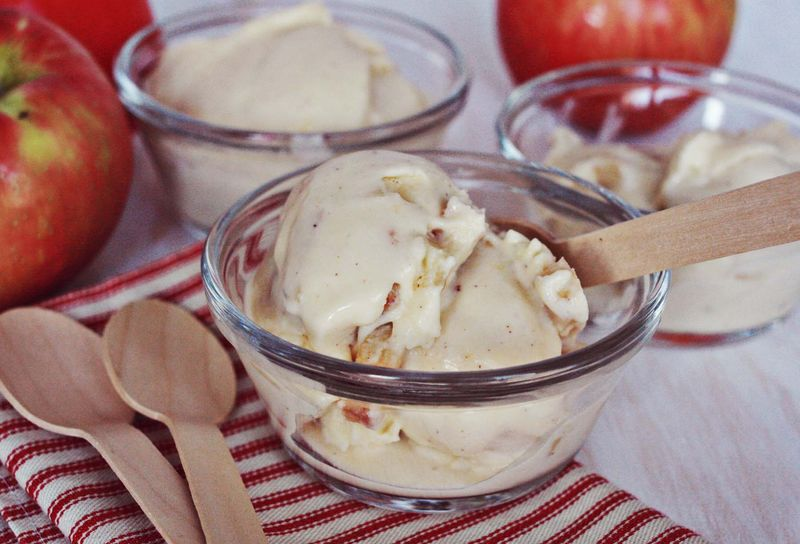 Baked apple & bourbon ice cream