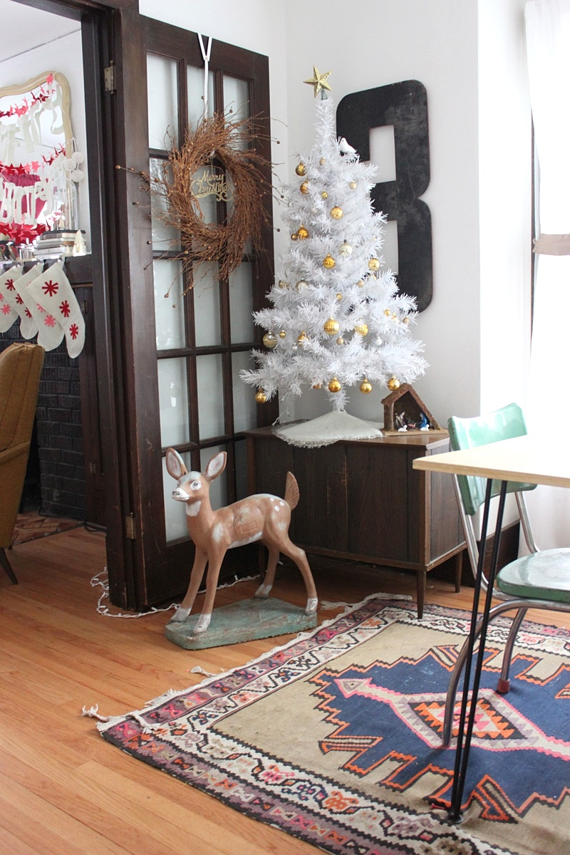 A Little Deer Vignette