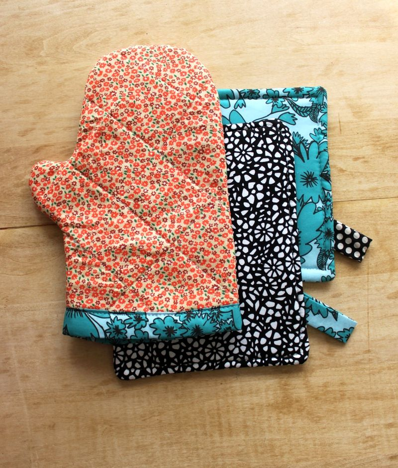 Oven Mitt and Hot Pad DIY