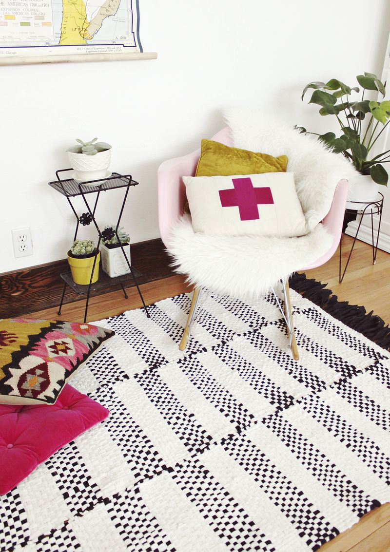 Woven Rug DIY A Beautiful Mess - Diy rugs projects