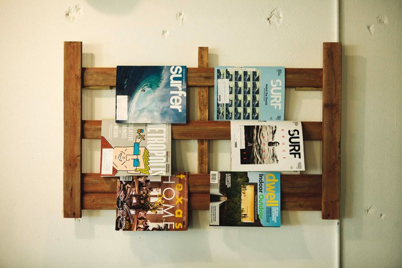 Adorable way to display magazines