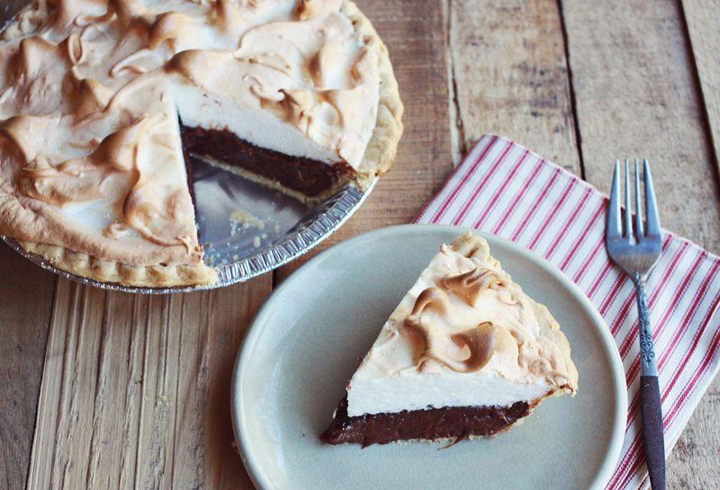 Mocha Meringue Pie – A Beautiful Mess