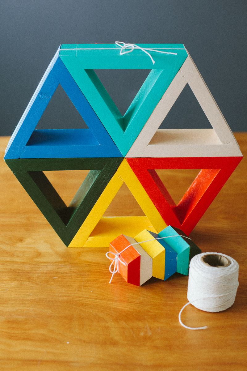 Triangle-shelves by subtletakeover