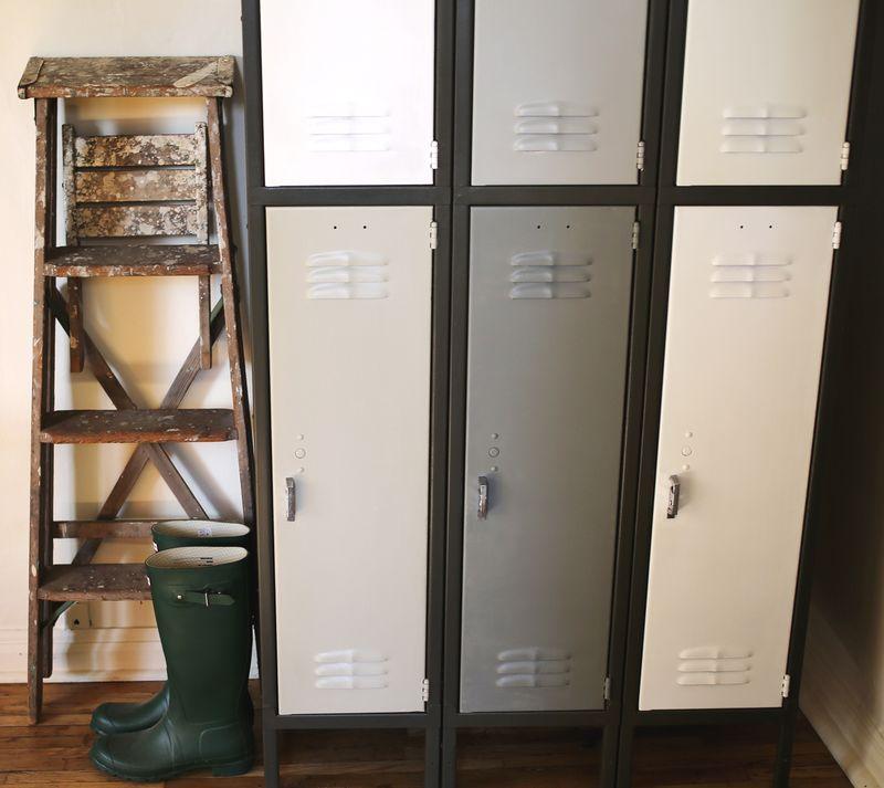 Bon Old Locker U003d Extra Storage!