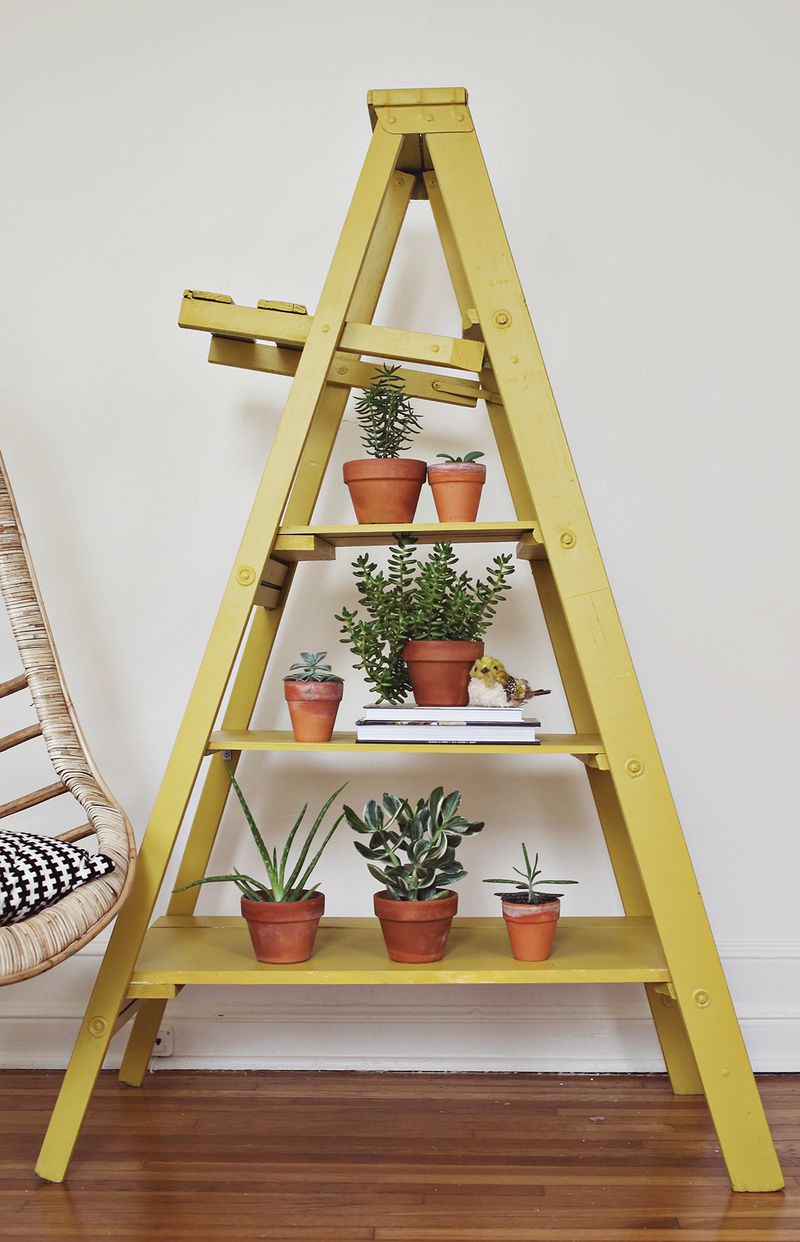How to add shelves to a ladder