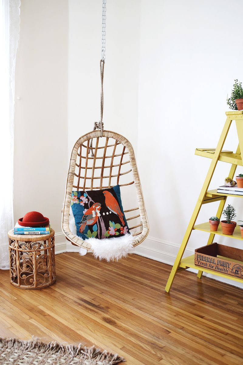 Hanging wicker chair for Indoor hanging chair for bedroom