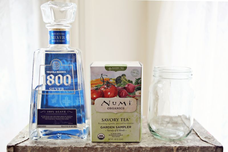 How to infuse liquor with tea