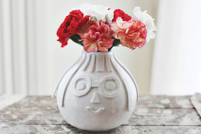 Textured Vase DIY : A Beautiful Mess