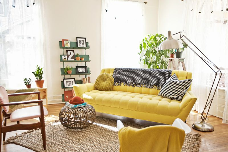 A Beautiful Mess living room tour www.abeautifulmess.com