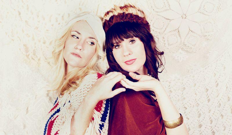 2011 Emma + Elsie