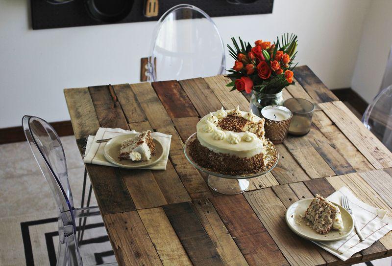 Emma Chapmanu0027s Dining Room Table DIY ...