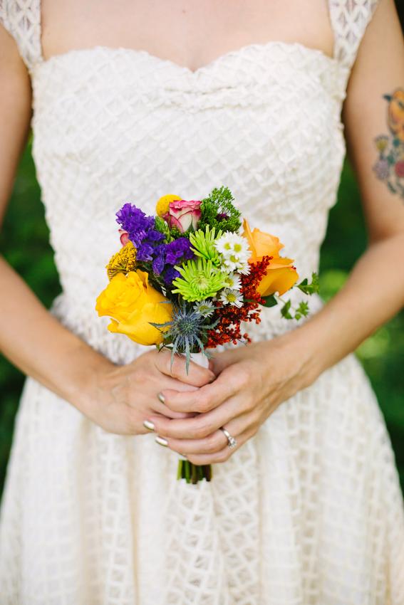 Tips for diy wedding day flowers a beautiful mess diy project wedding by elsie larson emma trey wedding web 6103 solutioingenieria Images
