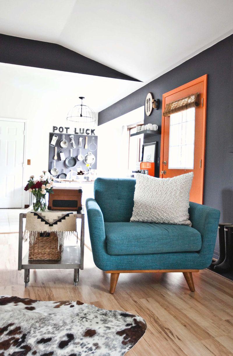 Home Tour: Emma's Living Room - A Beautiful Mess