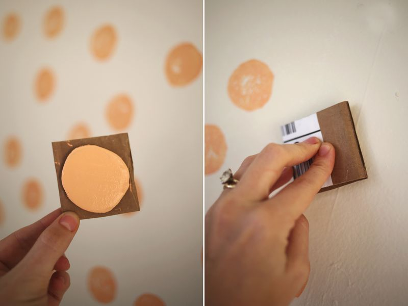 How to create a wallpaper look with a stamp
