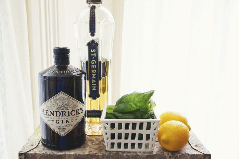 Basil Lemonade Cocktail (click through for the full recipe)