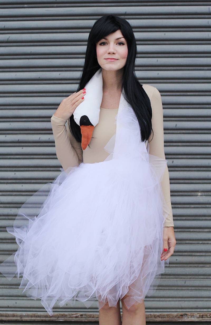 Bjork Swan Dress Costume Tutorial abeautifulmess.com