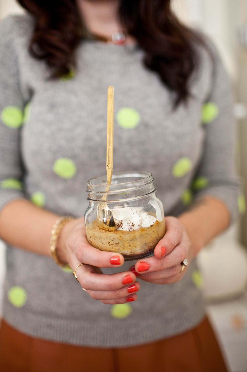 Pumpkin Pie in Jars! (click through for the full recipe)
