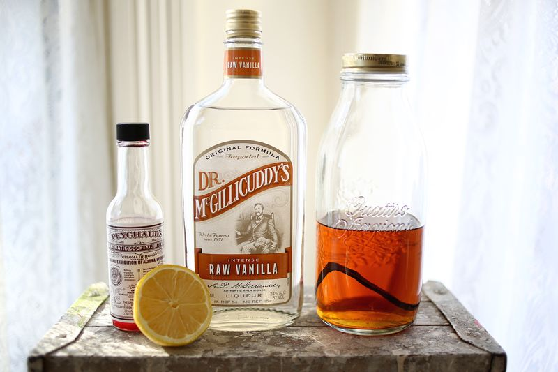Vanilla Bean Whiskey Cocktail