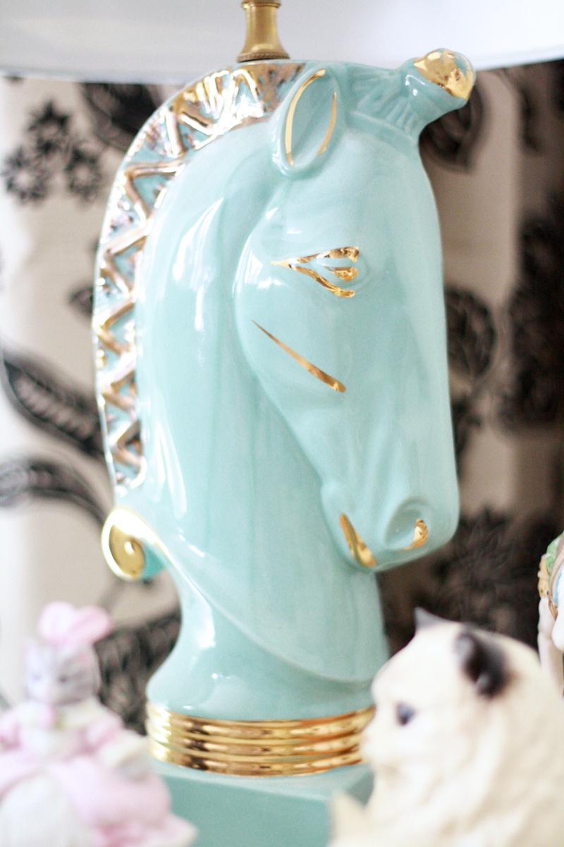 Beautiful vintage horse lamp