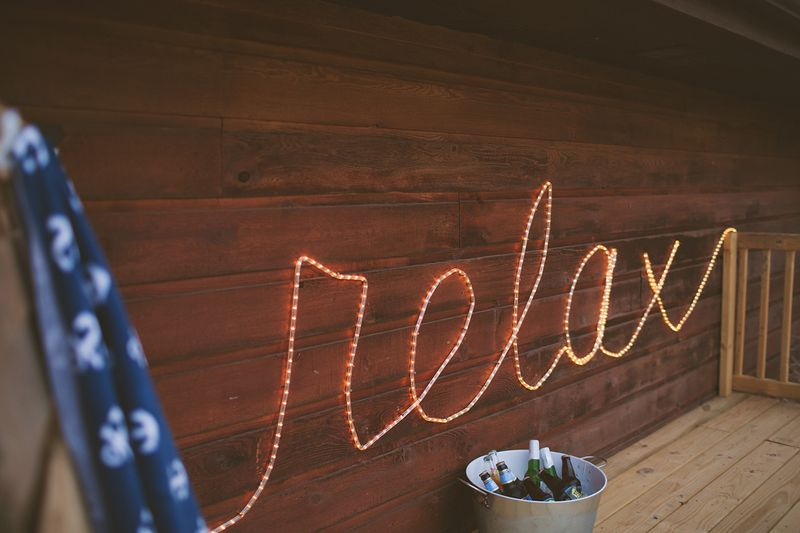 Rope Light Sign (abeautifulmess.com).