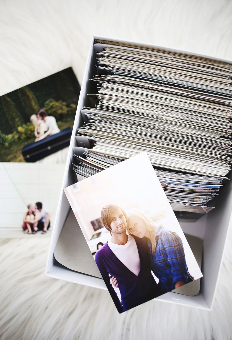 Organizing and storing photos
