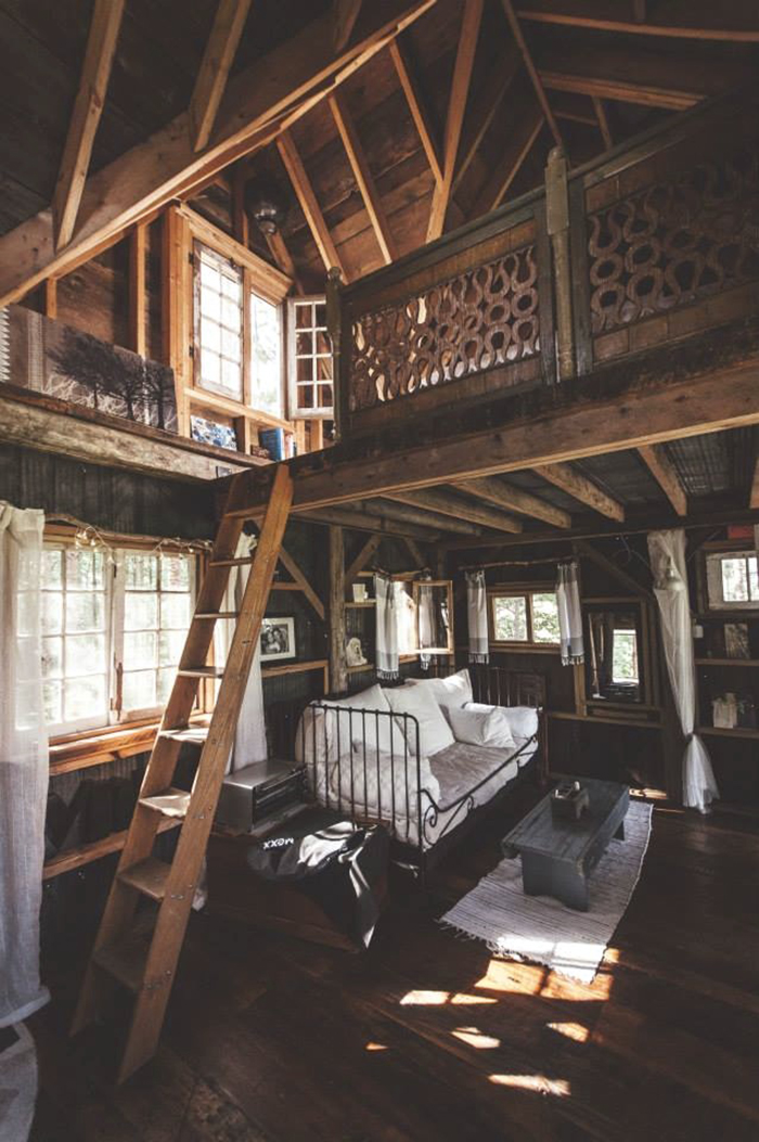 Beautiful treehouse tour via A Beautiful Mess