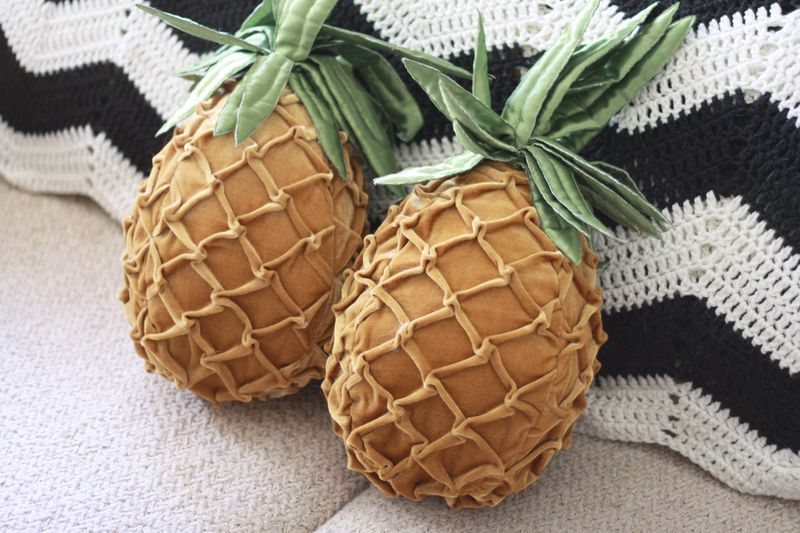 So in love with these pineapple pillows!