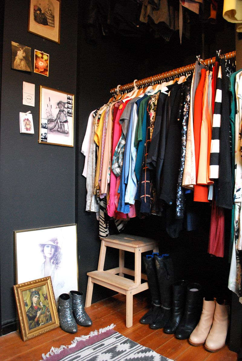 Beautiful dark walls in a neat and tidy closet