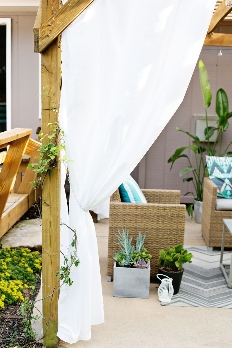 ... Make Your Own Outdoor Pergola Curtains! (click through for tutorial) ... - Make Your Own Outdoor Pergola Curtains! - A Beautiful Mess