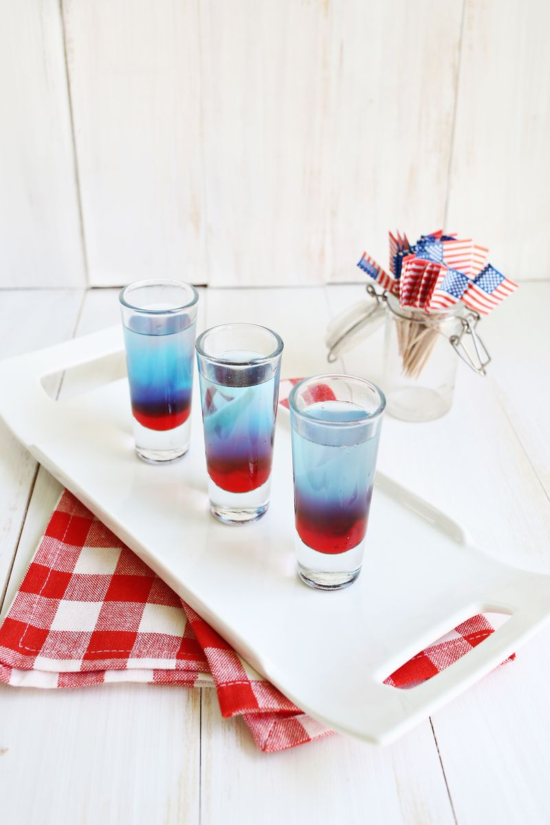 Yum! bomb pop shots (click through for recipe)