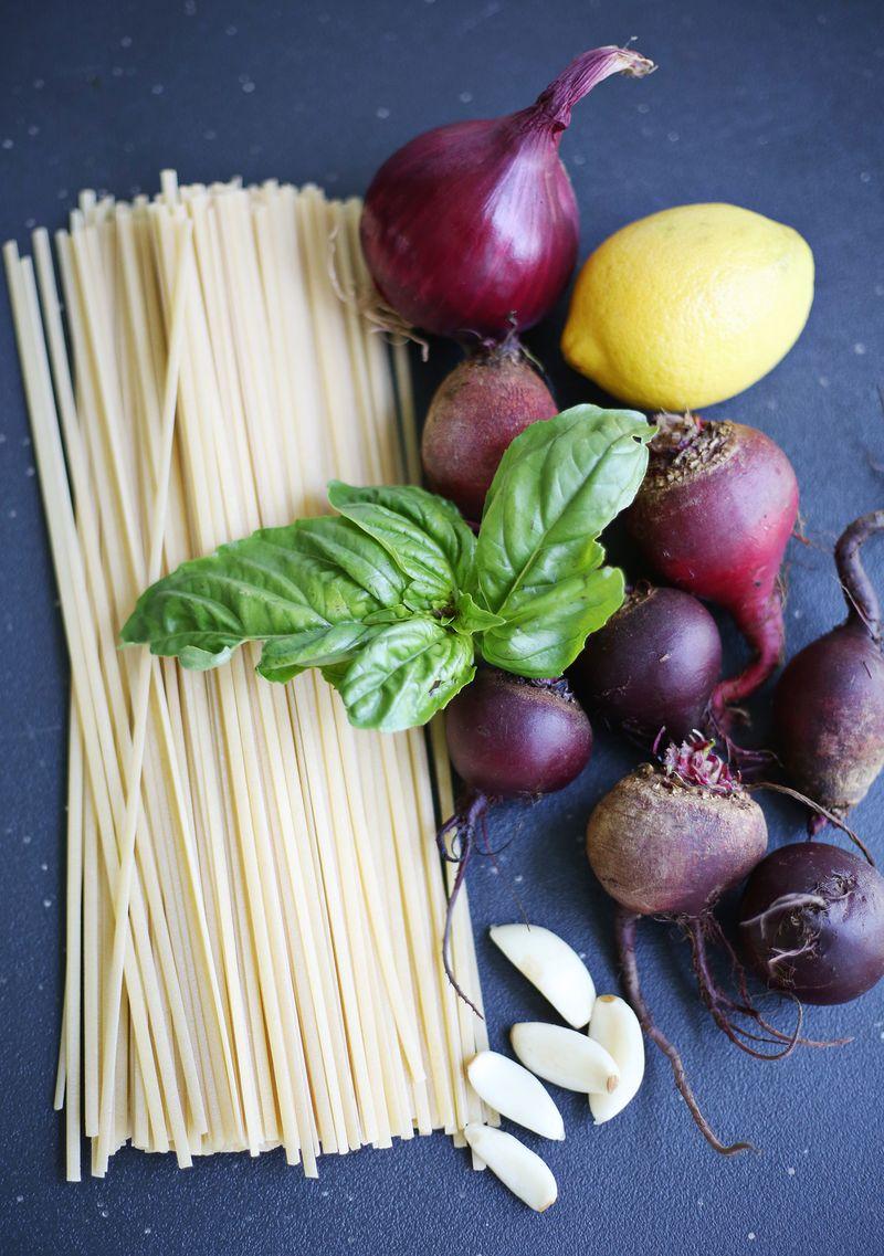 Creamy beet pasta
