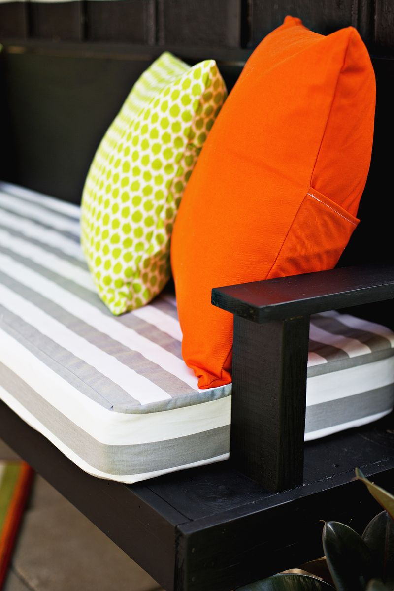 Make your own outdoor cushions a beautiful mess Custom made bench cushions
