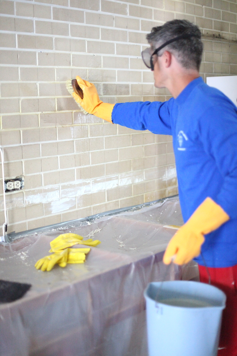 cleaning painting drilling into the brick wall a. Black Bedroom Furniture Sets. Home Design Ideas