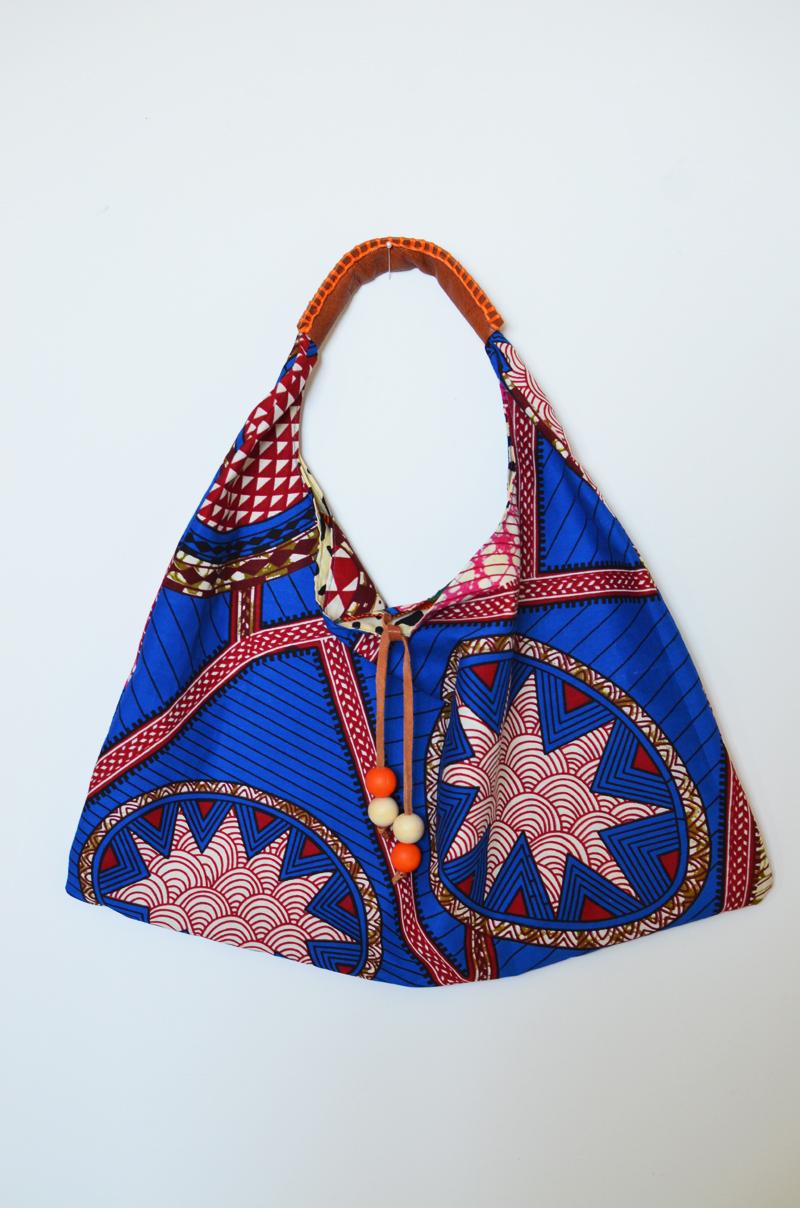 DIY hobo bag (click through for instructions)